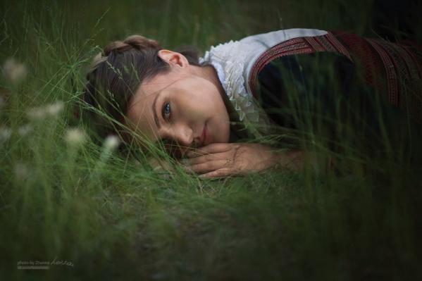 Алиса с мужем и дочерью променяли жизнь в городе на деревню. И она счастлива
