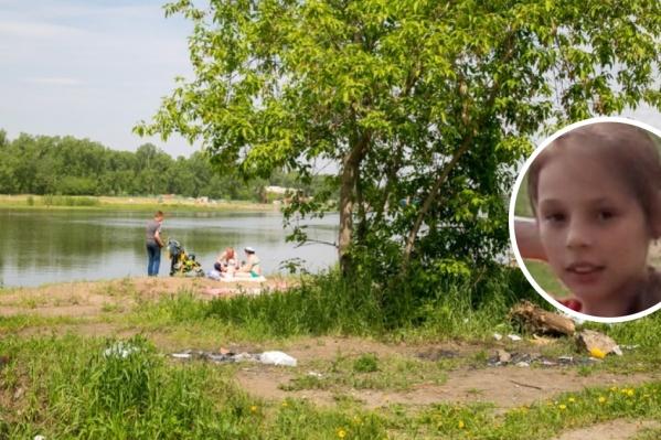 Девочка утонула в нескольких метрах от мамы