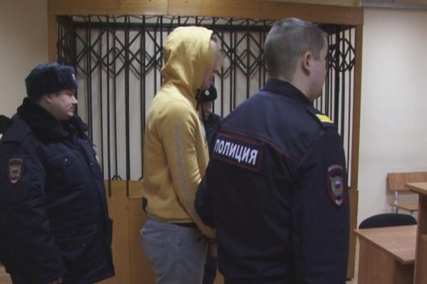 Василий Москвин до приговора был под подпиской о невыезде, его взяли под стражу в суде
