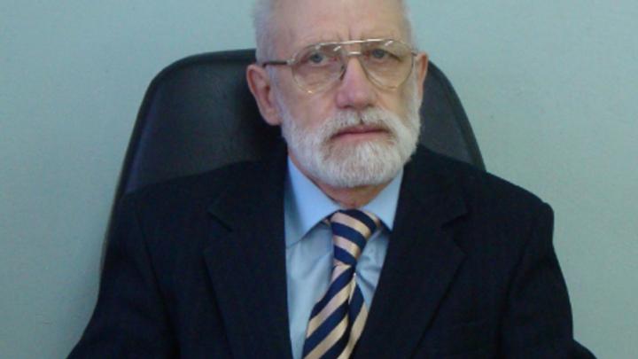 В Брагино под колёсами «Вольво» погиб преподаватель