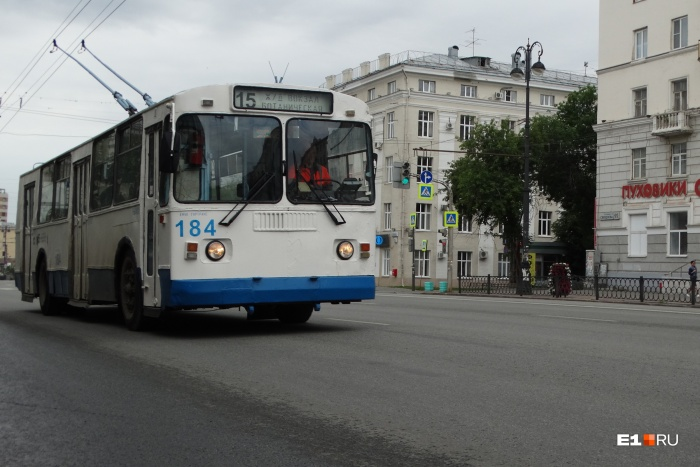 С 1 августа троллейбусы №15 будут курсировать до радиоколледжа на Крауля