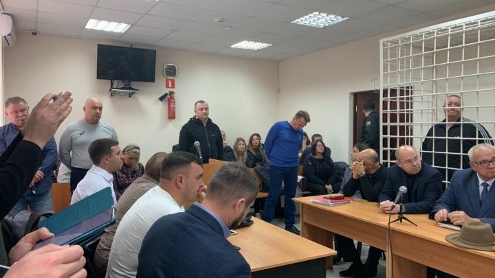 34 года и штраф в 160 млн рублей: в Самаре вынесли приговор бывшим сотрудникам ФСБ