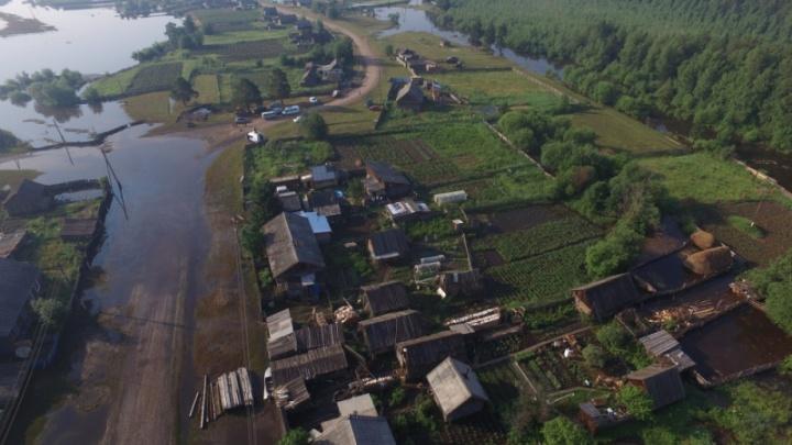 Вода в Бирюсе продолжает подниматься и близка к критическому уровню