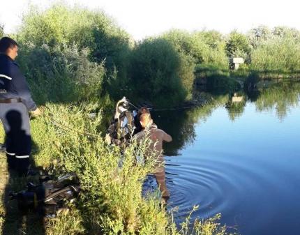 Вещи остались на берегу: два брата-школьника погибли после прыжка с моста в Челябинской области