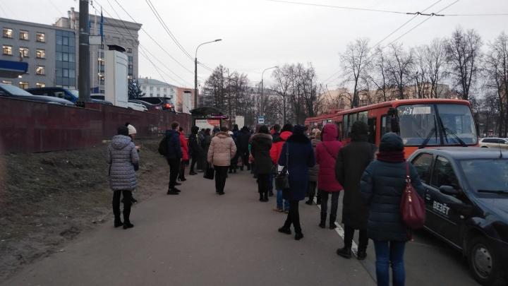 «Платить за 2–3 пересадки?!»: следим за ситуацией с нижегородским общественным транспортом онлайн