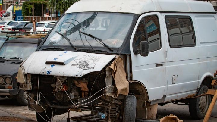 Деньги брали, ремонт не делали: в Ростове сотрудники автосервиса обманули водителей на 1 млн рублей