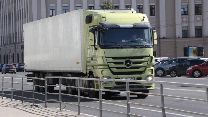 В Нижнем Новгороде грузовик с 4 тоннами гексогена попал в ДТП