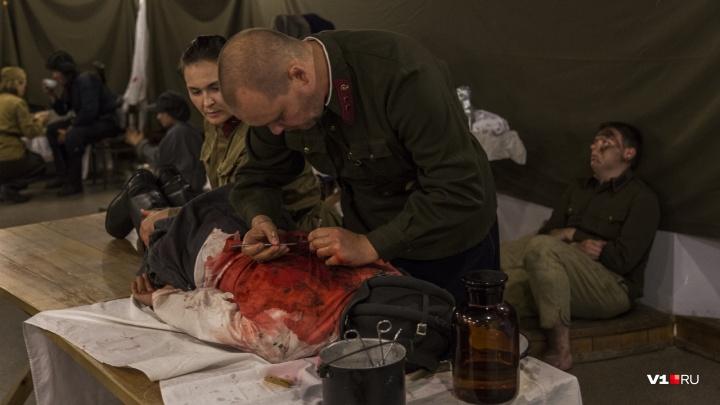 «Сотня раненых и умирающих людей»: в подвале универмага показали осаждённый советский медсанбат