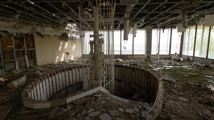 В Волгограде поставщик пробирок купил бывший клуб «Корона» с землёй и видом на Волгу