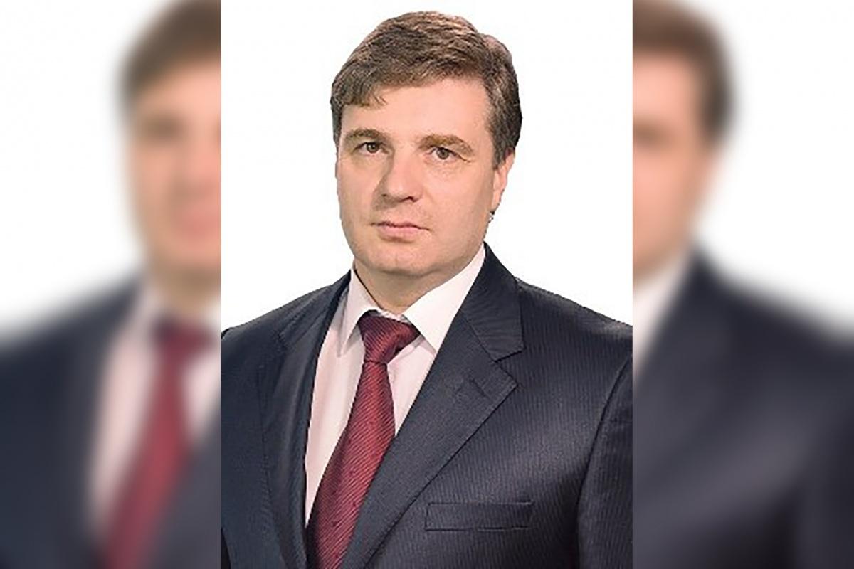 Игорь Крашенинников понижен в должности, но остался при мандате