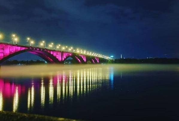 «Хорошо получается»: показываем, как будет подсвечиваться Коммунальный мост