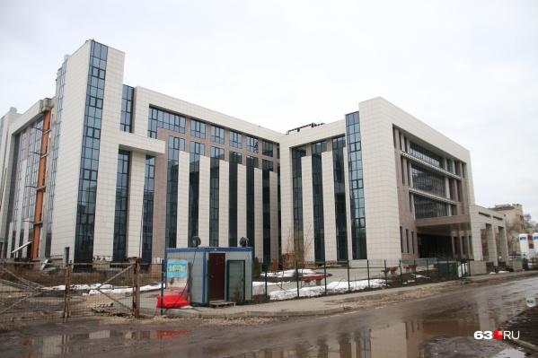 Сейчас здание клиники на Тушинской находится в высокой степени готовности