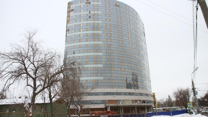 В Самаре выбрали подрядчика для достройки заброшенной высотки у Крымской площади