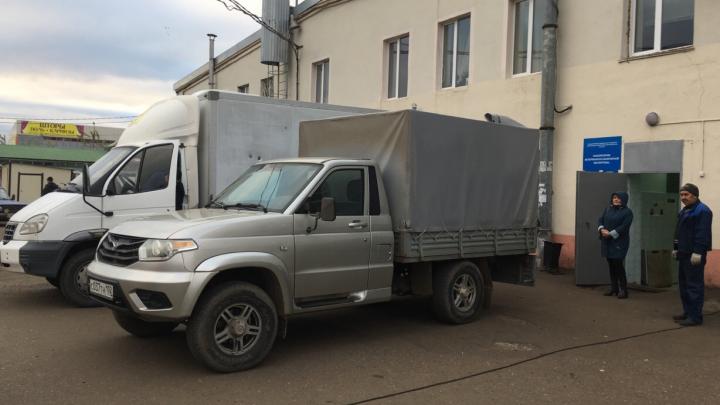Антисанитарные условия: в Башкирии нашли нарушения при доставке говядины на рынок