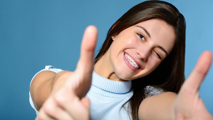 Начать коррекцию прикуса сейчас, а платить потом предлагают новосибирские стоматологи
