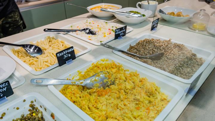 Количество людей, отравившихся после посещения кафе «Оvcянка» и O-fit, увеличилось до 31