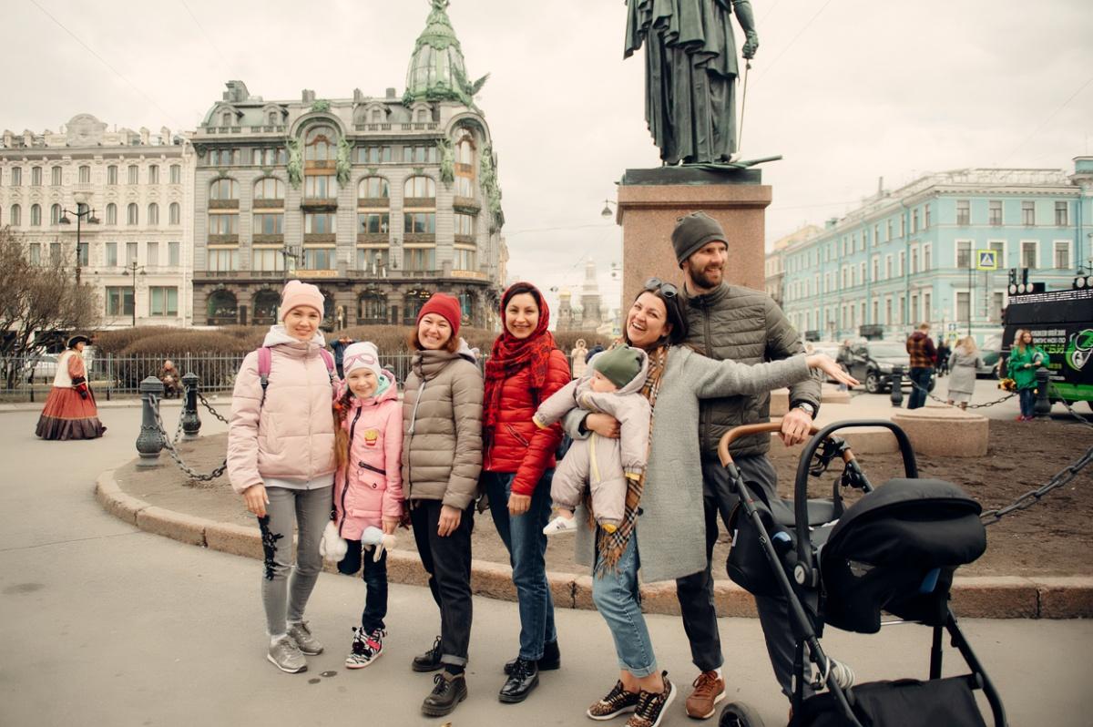 На очереди — эпоха модерна и Дом Зингера на Невском проспекте