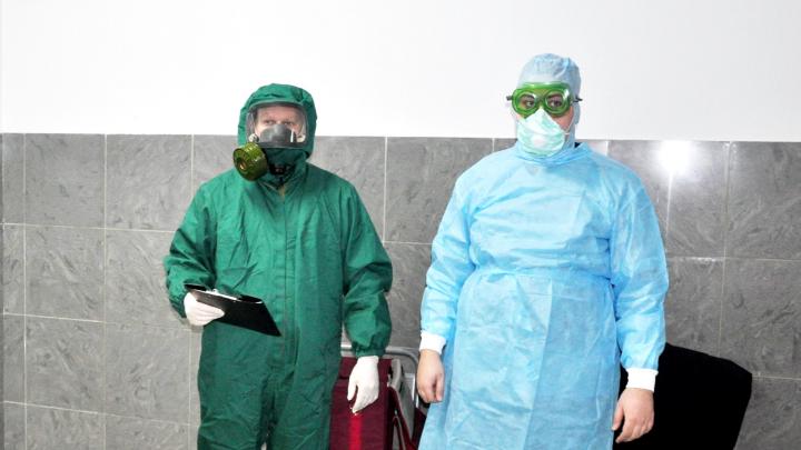 Чтобы коронавирус не прилетел в Архангельск: что будут делать таможенники, если пассажир болен