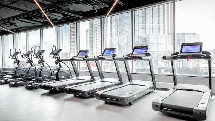Сайкл в формате 5D и кедровые сауны с видом на город: в Ельцин-центре откроется новый фитнес-клуб