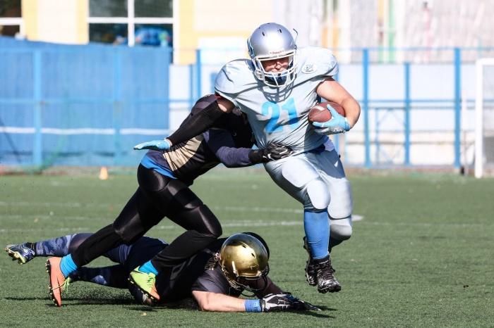 Во втором в истории Новосибирска матче по американскому футболу снова выиграла новосибирская команда Iron Wings