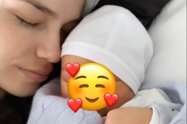 6 апреля Наташа Поли выложила фотографию с малышом вInstagram
