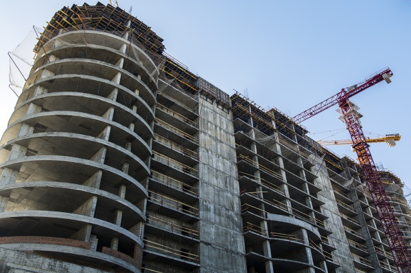 Ранее «Виват Строй» обещал дольщикам, что дом будет достроен, несмотря на проблемы с финансированием