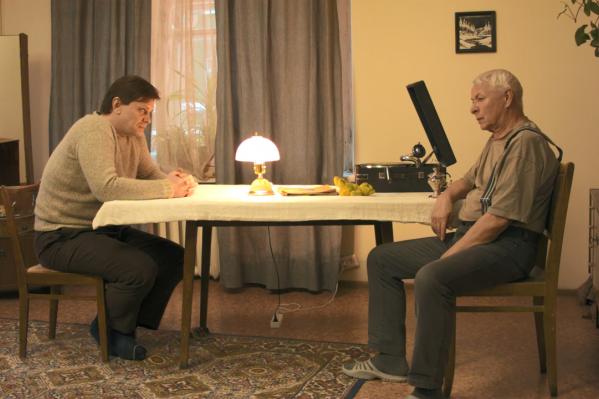 Камиль Кунгуров сыграл роль отца, аЕвгений Важенин— роль деда