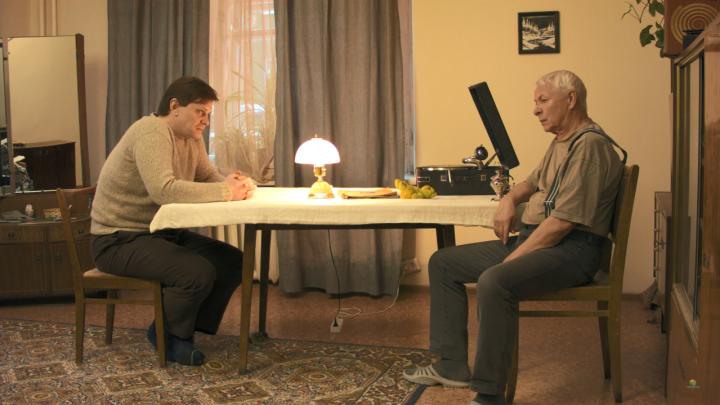 Новосибирец снял фильм-ностальгию о прошлом с участием актёров из «Красного факела» и «Глобуса»