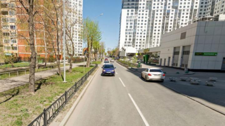 На ВИЗе по требованию ГИБДД установят новые дорожные ограждения