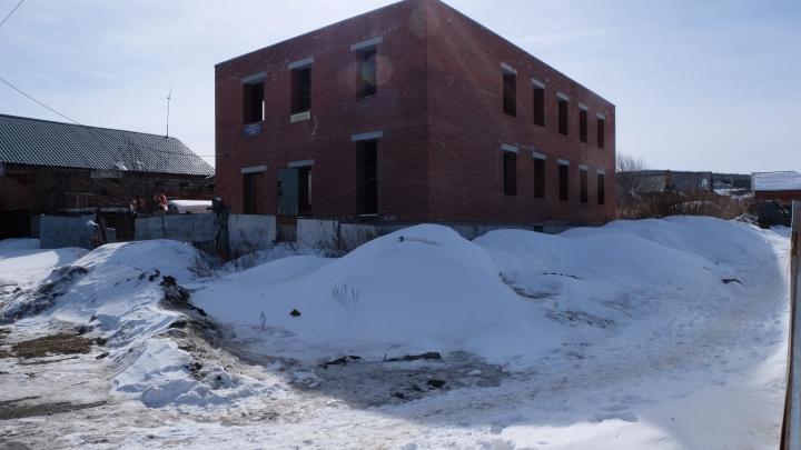«Это абсурд!»: детским кружкам из ДК «Химмаш» предложили переехать в недострой за 20 млн рублей