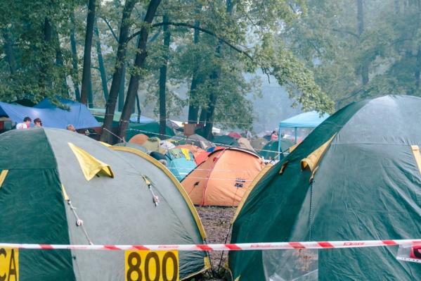 Чтобы не заплутать посреди палаток, нужно ознакомиться с планом мероприятия
