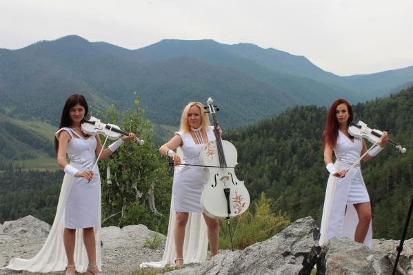 Съёмки клипа проходили в республике Алтай