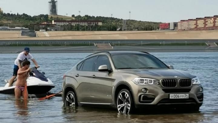 «Я без проблем оплачу этот штраф»: водитель искупавшейся в Волге BMW оказался заядлым нарушителем