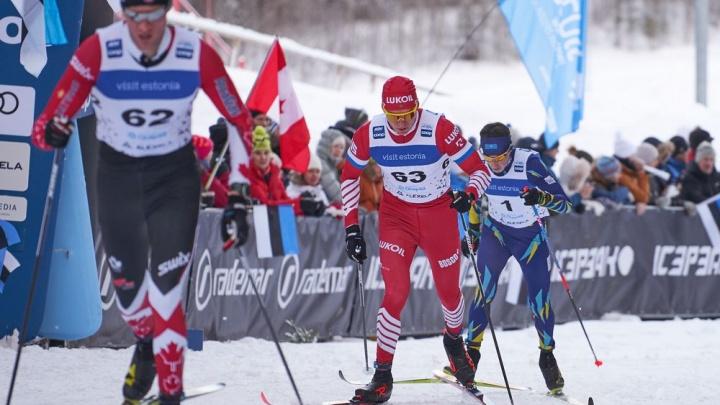 Тюменский лыжник Александр Большунов стал вторым в индивидуальной гонке на этапе Кубка мира в Отепя