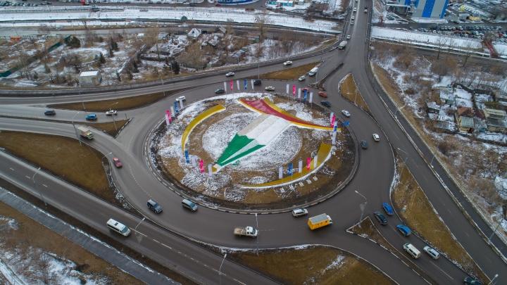 «Куда ты лезешь? Правила учи!»: смотрим, как правильно проезжать 7 спорных перекрестков Красноярска