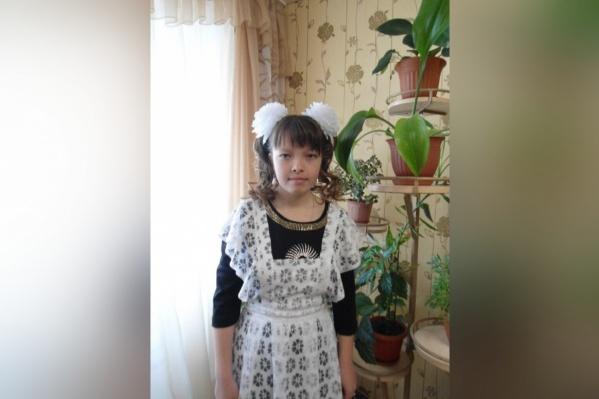 Пропавшей Анне Томиловой 20 лет, но ее свежих фото у волонтеров нет