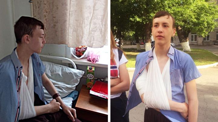 «Выстрелил в спину ребёнку»: школьнику в костюме разбойника прострелили плечо из-за наряда