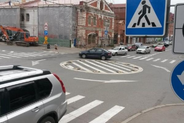 Первое мини-кольцо появилось в городе на перекресткеСоветской и Куйбышева
