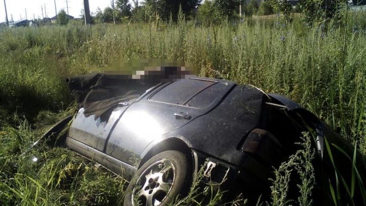 Под Уфой улетел в кювет «Фольксваген-Гольф»: погиб водитель
