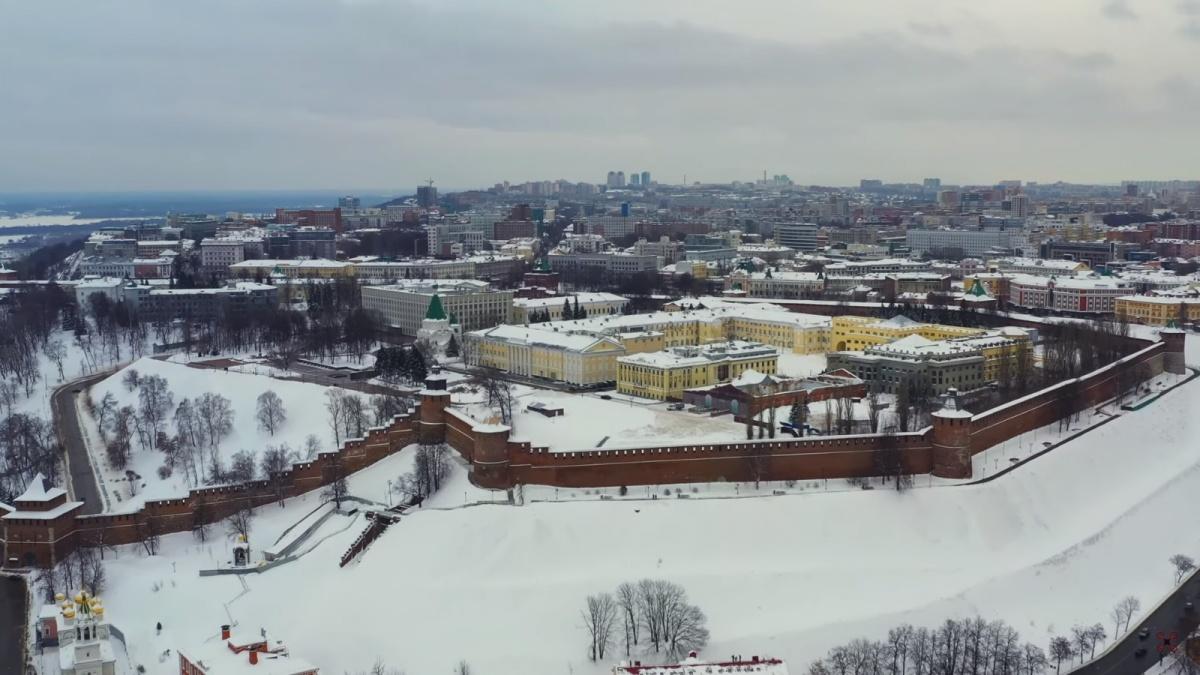 С высоты отлично видно архитектурные изыски нашего Кремля