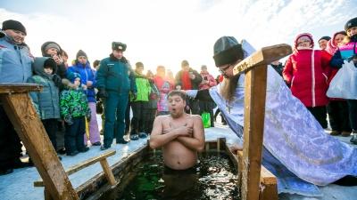 В выходные на Крещение в Красноярске задержится аномальное тепло