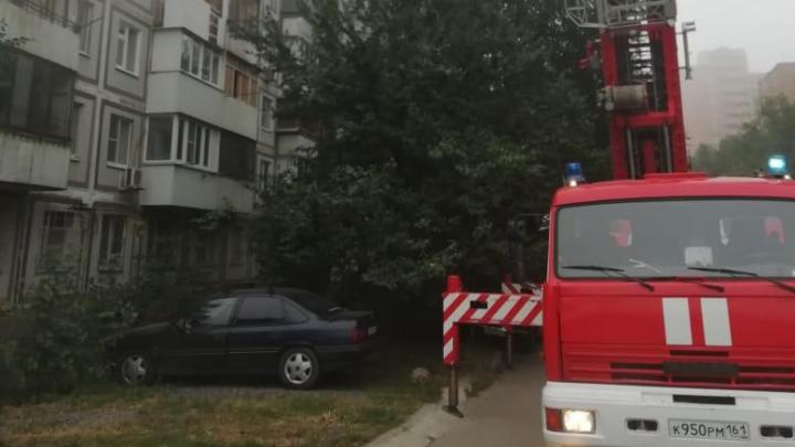 В Ростове в пожаре сгорела 21-летняя девушка