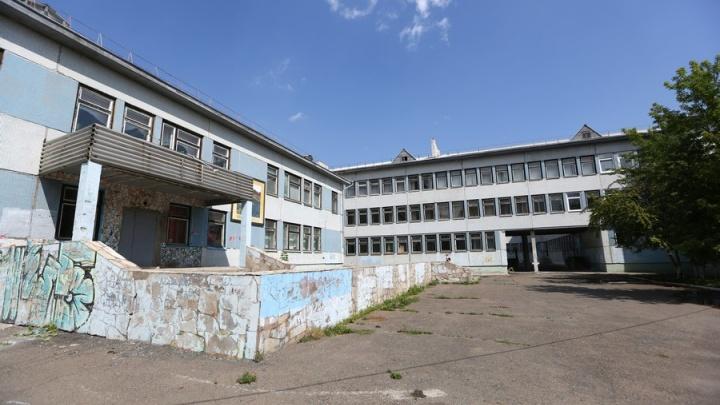 В «Черемушках» рассказывают о чудовищном случае: 6-классник изнасиловал первоклашку в школе