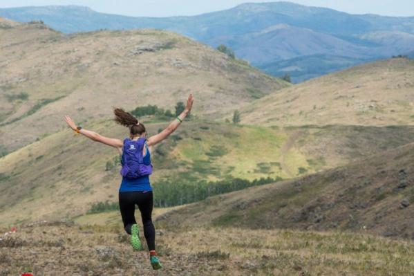 В этом году абсолютной чемпионкой «Легенды Урала» стала Ольга Зырянова, занявшая первые места в забеге в гору, плавании на 4 км и забеге на 25 км