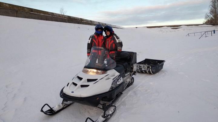 «Его уже замело снегом»: в Тольятти спасатели эвакуировали с Волги рыбака с сердечным приступом