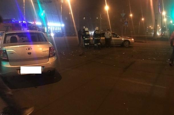 Части машин раскидало по трассе: в Рыбинске произошла авария
