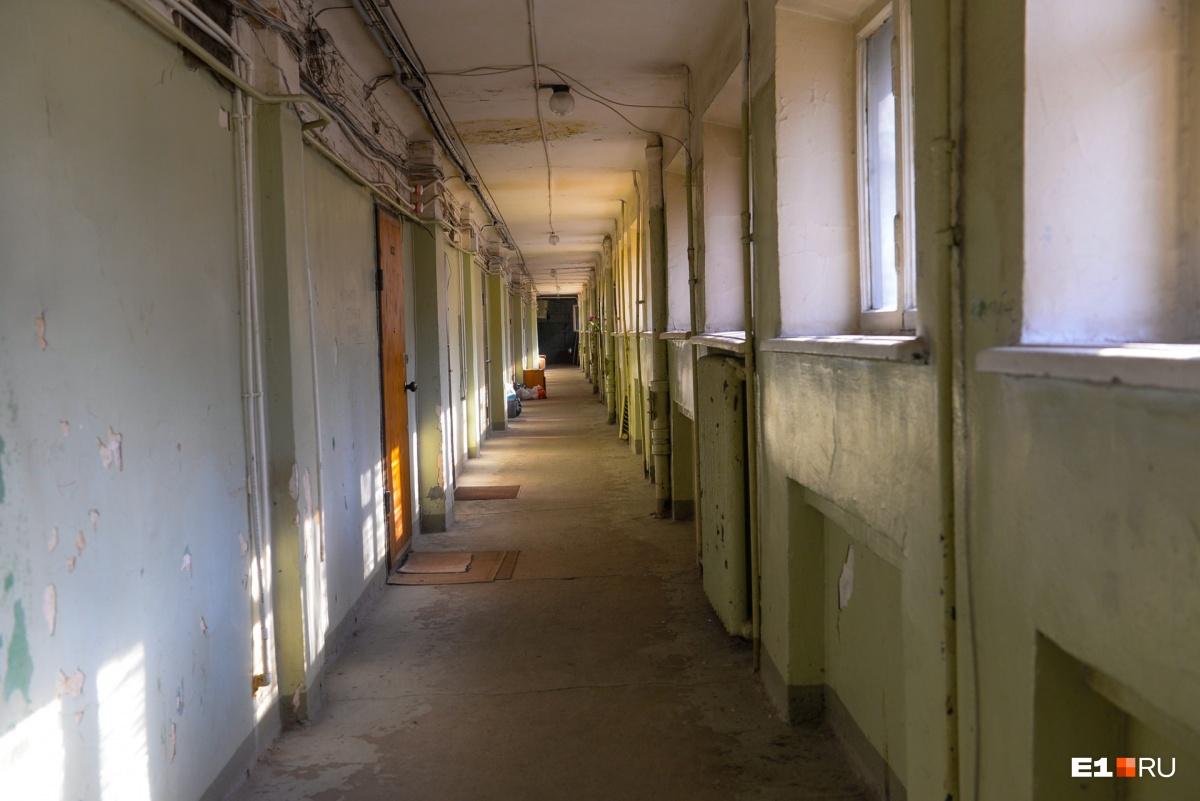 Так выглядит этаж, где находятся двухуровневые квартиры