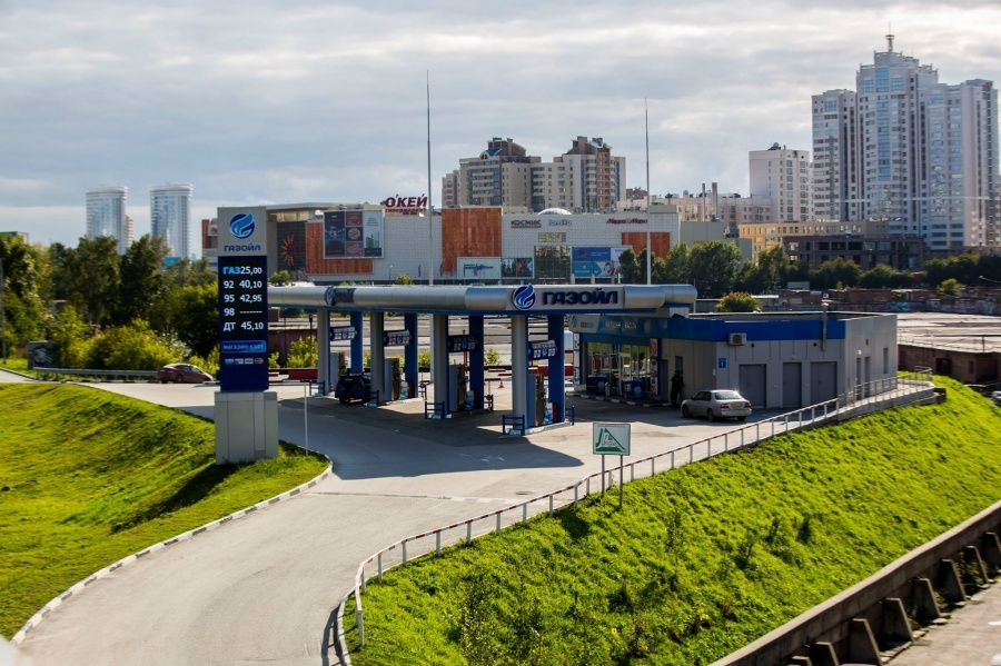 Стоимость дизельного топлива выросла на 0,1%, а топлива марки АИ-98 на 0,6%