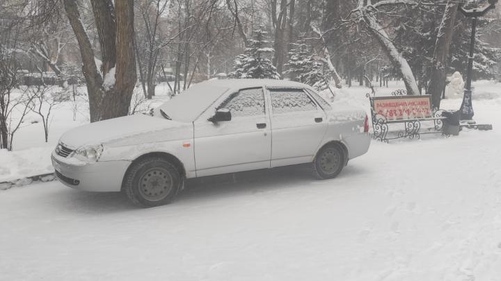 Стучите, открыто: кому и как жаловаться в Новосибирске на автохамов-парковщиков, чтобы их наказали