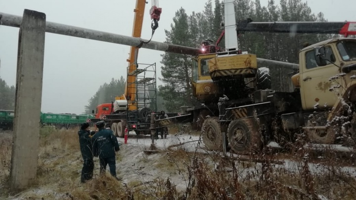 В Североуральске, где лесовоз пробил газопровод, закрыли детские сады и лагеря